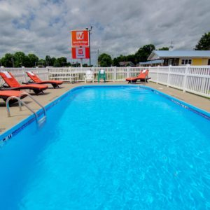 Pool in clinton mo hotels - Westbridge inn and suites clinton mo